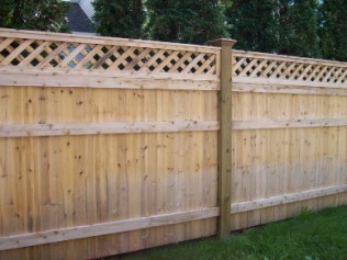 6' Custom Solid Fence with Standard Lattice and Decorative Caps